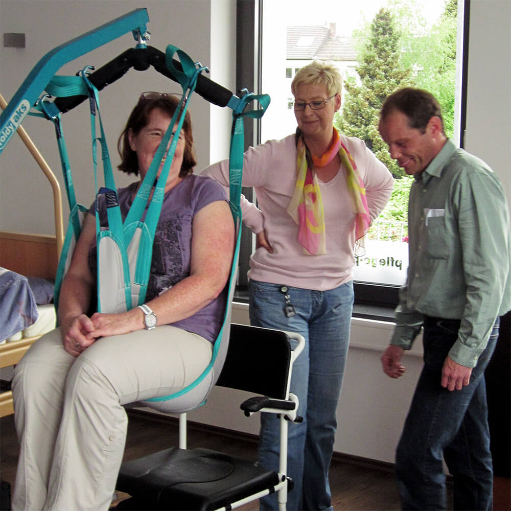 Hilfsmittelschulung und Unterweisung am Patientenlifter